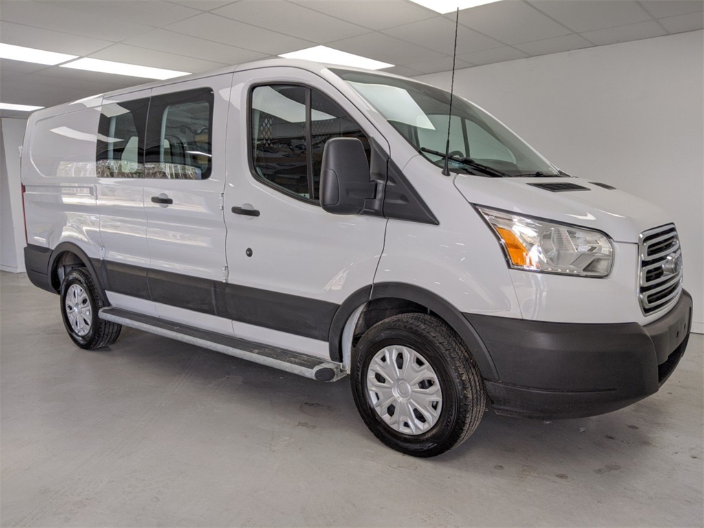 Pre-Owned 2019 Ford Transit-250 Base RWD 3D Low Roof Cargo Van